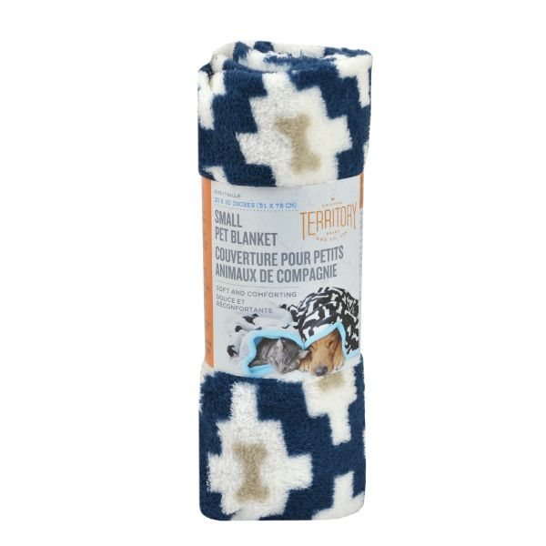 Bone Fluffy-Fleece Dog Blanket, 20