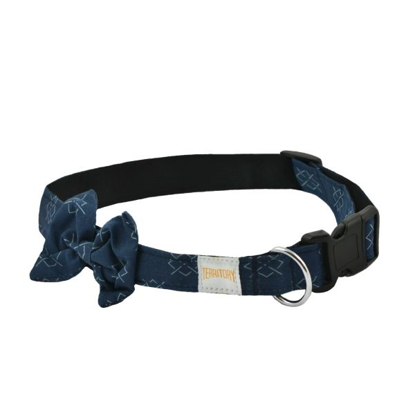 Argyle Dog Bowtie Collar, Small